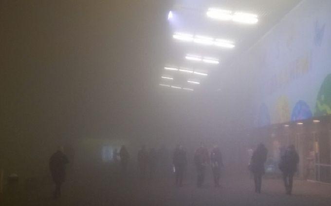 Названі причини аномального туману в Києві: опубліковані фото і відео