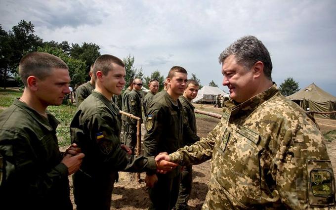 Порошенко зробив важливу заяву щодо армії