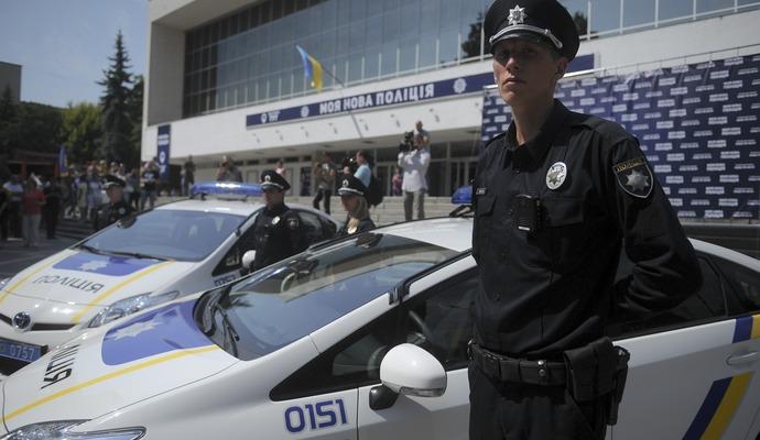 Полиция Хмельницкого предотвратила самоубийство в прямом эфире (видео)