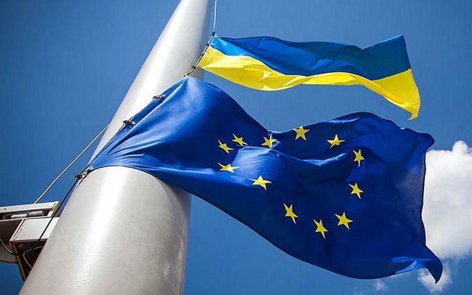 Порошенко анонсировал два референдума в Украине