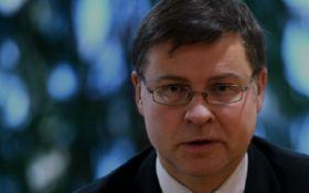 Вице-президент Еврокомиссии срочно едет в Киев