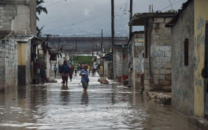 По Гаїті пронісся смертоносний ураган, багато загиблих: з'явилися відео