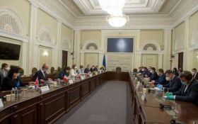 Верховна Рада підготувала неприємний сюрприз чиновникам - що відомо