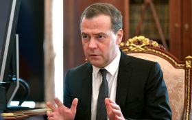 Путін повинен бути вільний: Медведєв нарешті назвав причину відставки уряду Росії