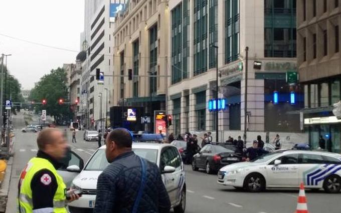 """Психічно хворий """"терорист"""" налякав Брюссель: опубліковані фото і відео"""