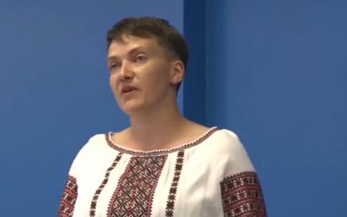 Савченко вибухнула різкою критикою на адресу Порошенка і оголосила голодування