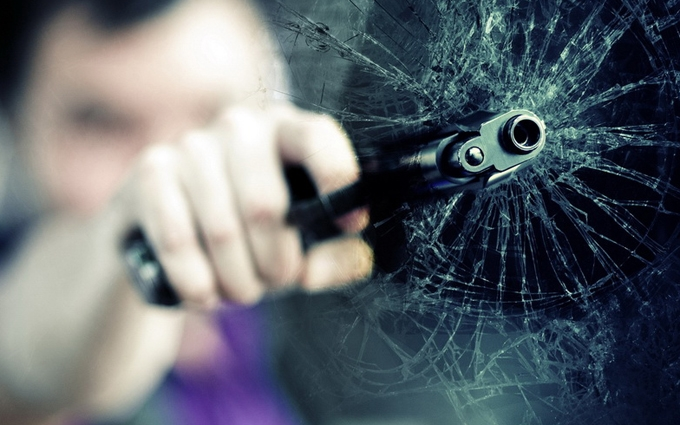 Нова стрілянина в Києві: атаковано авто юриста, з'явилися фото
