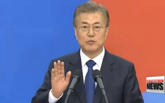 Нурсултан Назарбаев пригласил Мун Чже Ина вКазахстан