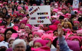 """У США сотні тисяч людей вийшли на """"Марш жінок"""""""