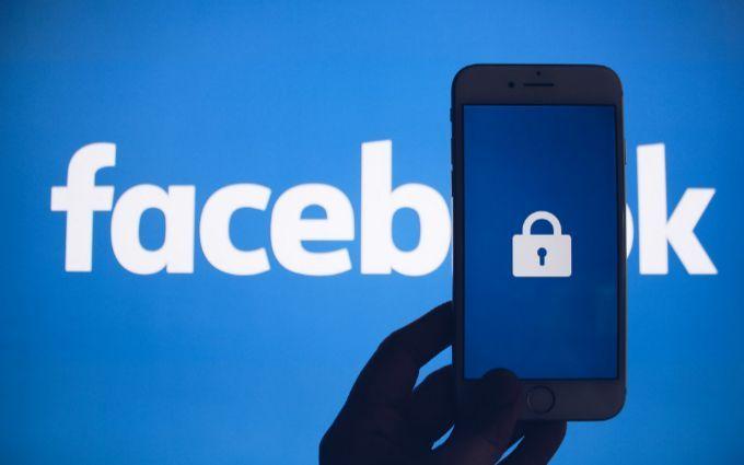 Адміністрація Facebook уперше в історії визначила фейк