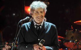 Знаменитый американский певец все-таки получил Нобеля