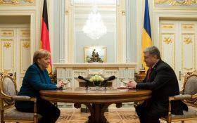 Порошенко зустрівся з Меркель: що обговорювали