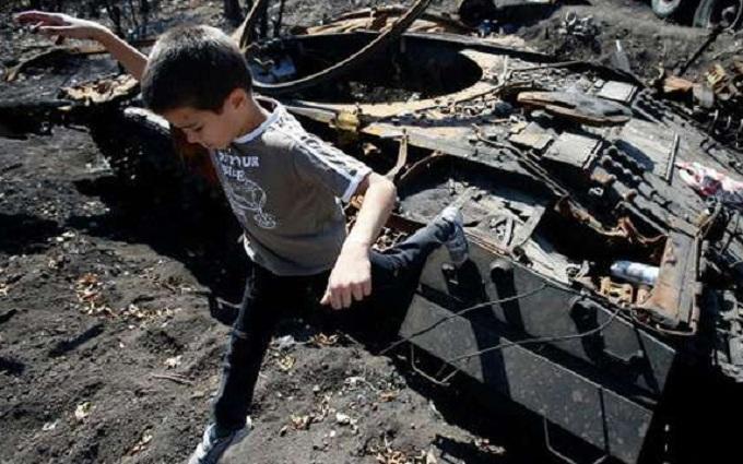 Более полумиллиона детей пострадали от конфликта на Донбассе - ЮНИСЕФ