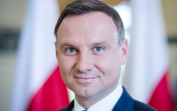 Президент Польщі пообіцяв проаналізувати закон про «бандерівську ідеологію»