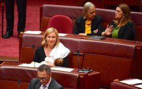 В Австралії політик вперше погодувала грудьми дитину в парламенті