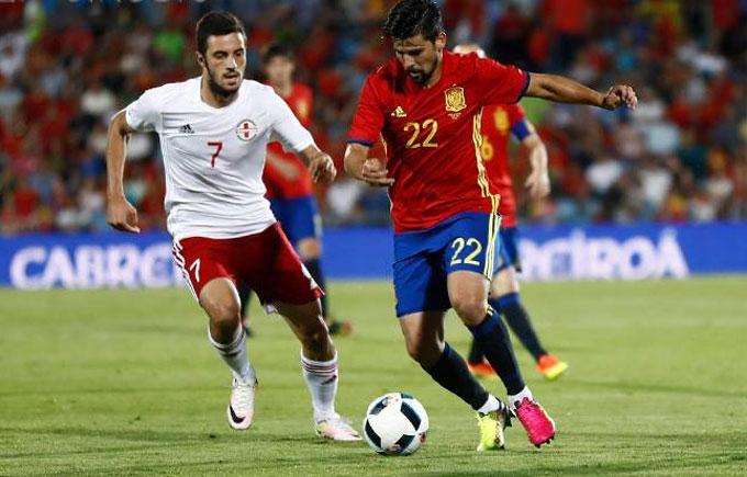 Іспанія зганьбилася перед уболівальниками напередодні Євро-2016: опубліковано відео
