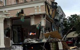 Знос ресторану в центрі Києва: з'явилося відео і скандальна деталь