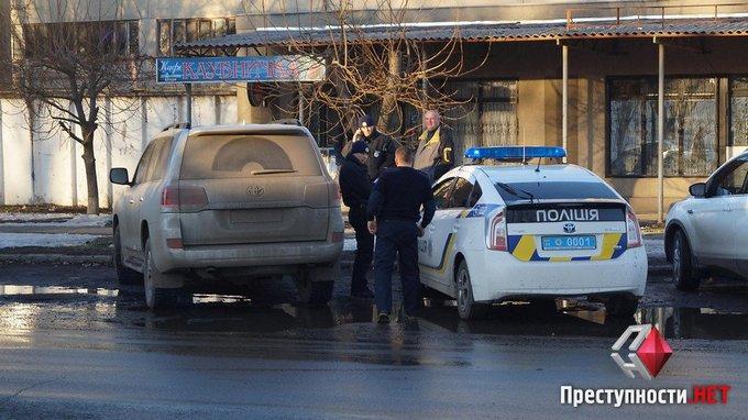 Пьяный депутат разъезжал по Николаеву: появились фото и видео (7)