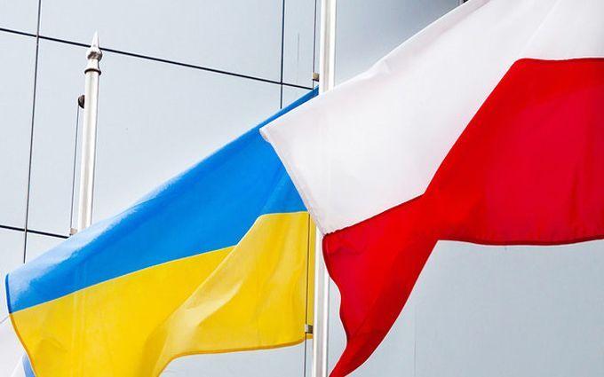 Волонтеры: РФ организовывала антиукраинские акции вПольше