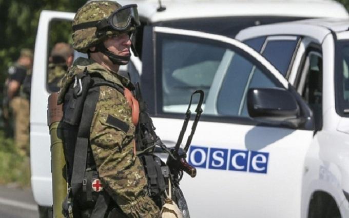 Сотні озброєних людей: Європа зробила гучну заяву щодо Донбасу
