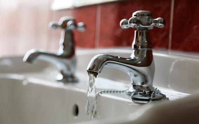 Стало известно, на сколько с июля подорожает горячая вода в Украине