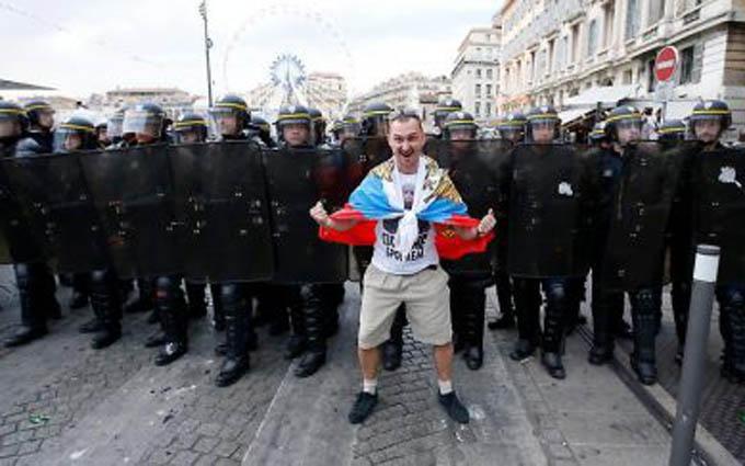 Про російських уболівальників на Євро-2016 склали дотепний анекдот