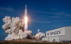 Маску не везет: SpaceX отменила запуск ракеты Falcon-9 за минуту до старта