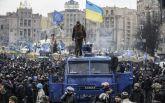 Привозите Януковича с Азаровым: соцсети насмешило решение российского суда по Майдану