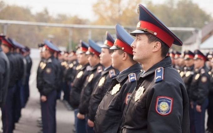 У Казахстані поліція жорстко розігнала мітинги проти влади: з'явилися відео