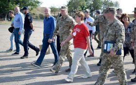На Донбас приїхала міністр з Канади: відома причина