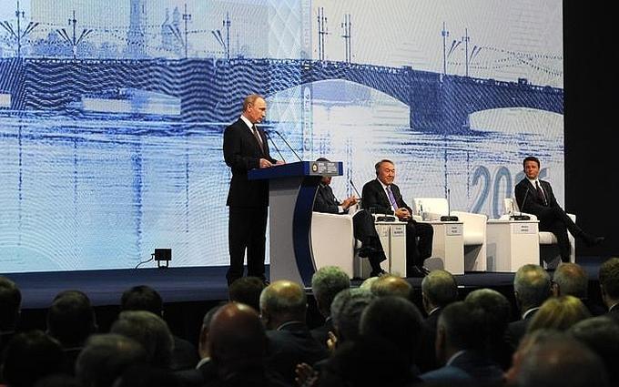 Сьогодні ж не 1 квітня: після виступу Путіна соцмережі вибухнули жартами