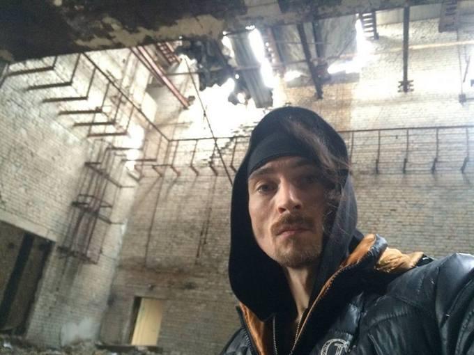 Сын знаменитого российского музыканта спел для боевиков: опубликованы фото и видео (6)