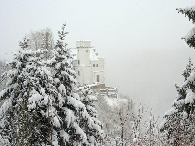 Погода на сьогодні: в Україні місцями сніг, температура від -1 до -9