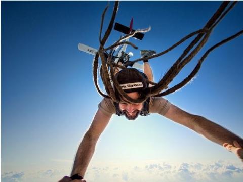 Захоплюючі фото, зроблені у вільному падінні (19 фото) (13)