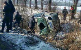 В мощном ДТП на трассе Киев-Одесса разбились 5 авто: появились фото
