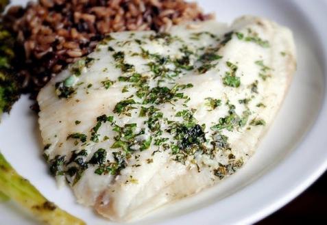 Рецепт - Рыба в лимонно-чесночном соусе