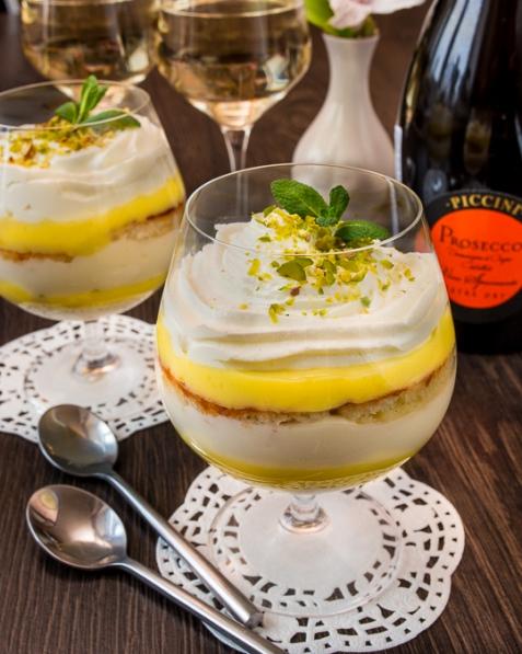 Рецепт на Новый год: Лимонный десерт с маскарпоне