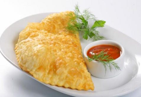 Рецепт - Чебуреки с сыром