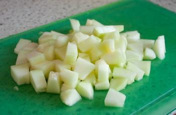 Фруктовый салат издыни иананаса