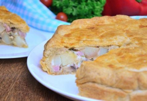 Тарт с картофелем, ветчиной и грибами