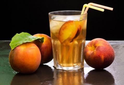 Ледяной персиковый чай (видео)