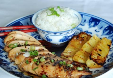 Рецепт - Курица с ананасами на гриле