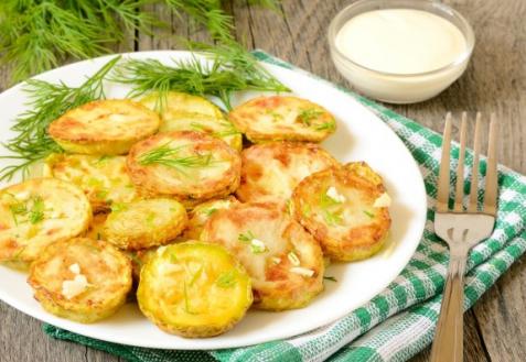Жареные кабачки с чесноком (видео)