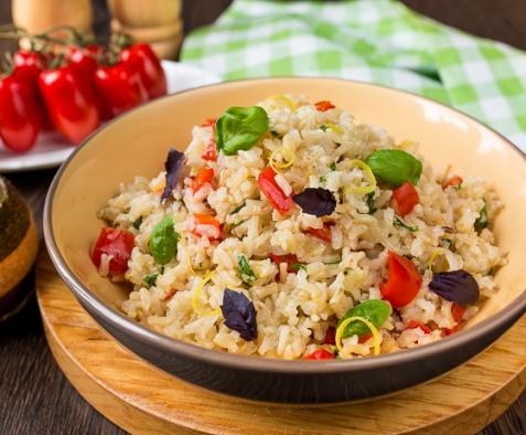 Коричневый рис со сладким перцем