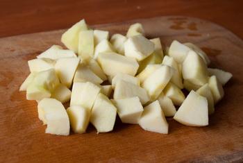 Фруктовый салат избананов имандаринов сяблоками