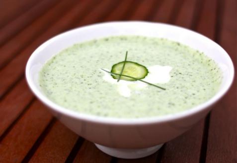 Холодный огуречный суп (видео)