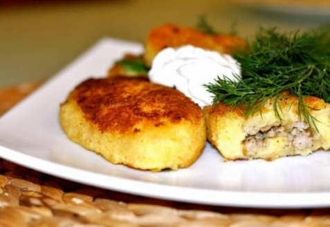 Картофельные зразы с рыбой (видео)
