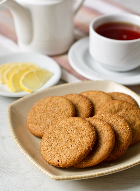 Печенье на патоке с пряностями