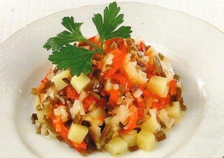 Рецепт - Салат с картошкой и квашеной капустой
