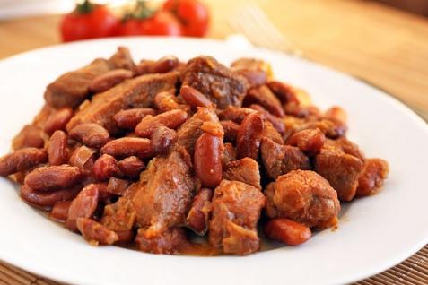 Рецепт - Свинина с фасолью